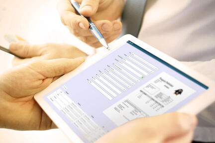 Mi Invoices on a tablet